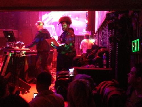 Questlove gets set to take control of the turntables from Rich Medina.